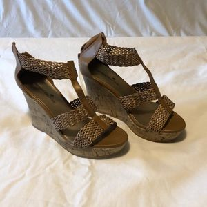 Montevideo Bay Club sandals.. size 8.5